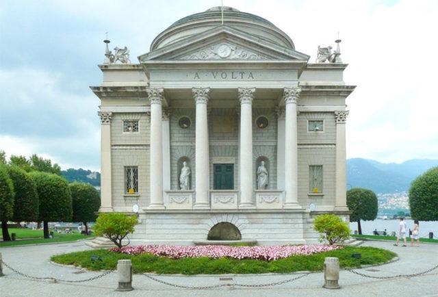Музей Алессандро Вольта в городе Комо (Италия)