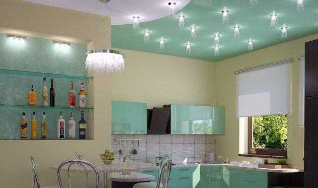 Один из ключевых принципов освещения кухни - зонирование