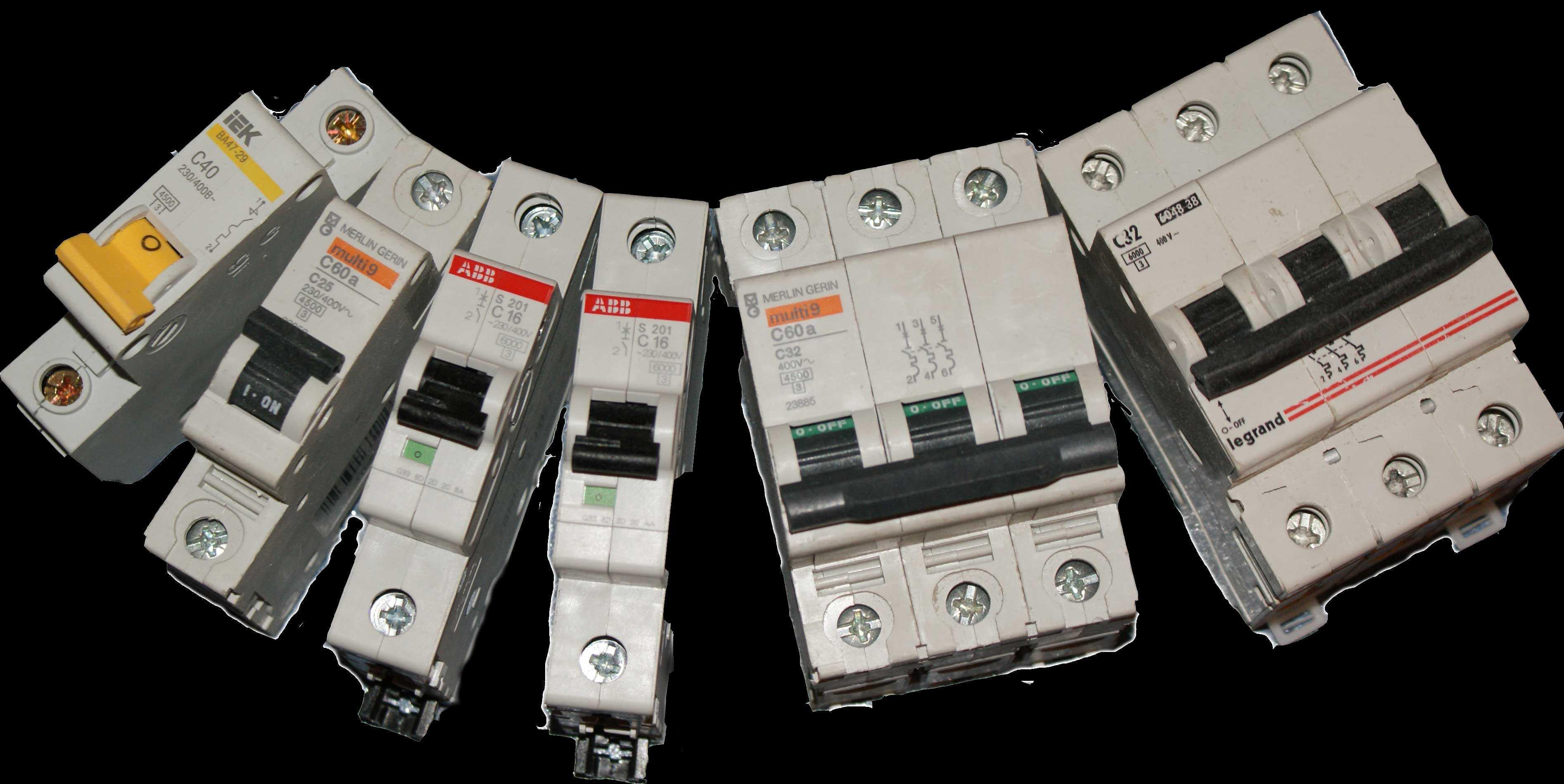 Выбор автоматического выключателя начинается с определения количества отключаемых проводов