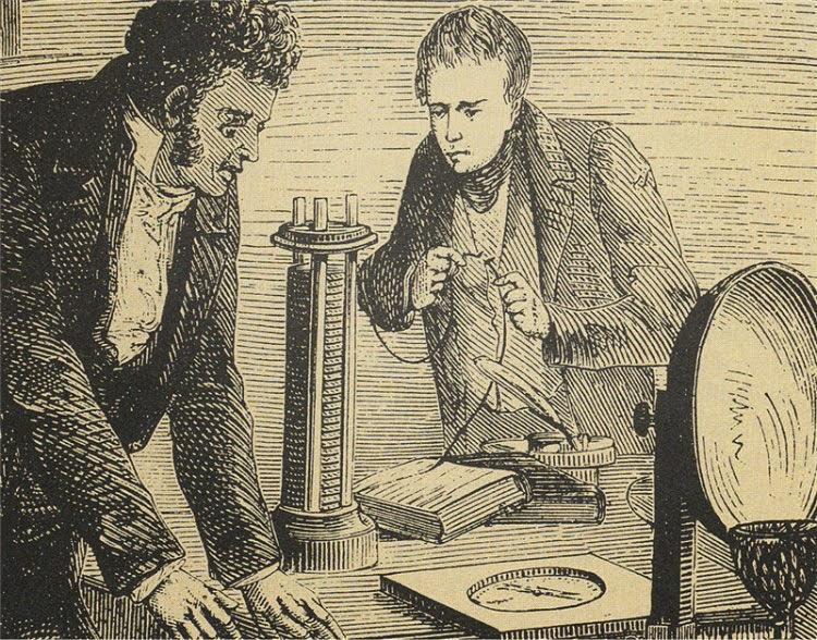 В 1820 году Ханс Кристиан Эрстед совершил свое главное открытие - теоретическое обоснование существования электромагнитных волн.