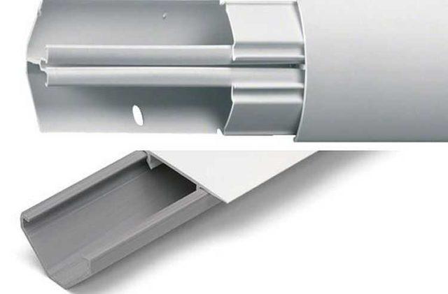 Угловые тоже могут иметь разделяющую перегородку - для отдельной прокладки силовых и малоточных кабелей