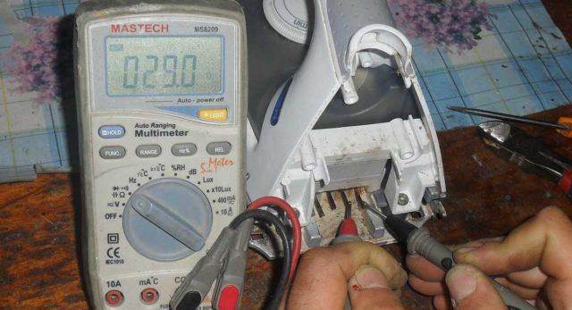 Измерение сопротивления ТЭНа в утюге