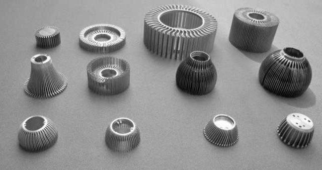 Примеры эффективных радиаторов для отведения тепла светодиодов