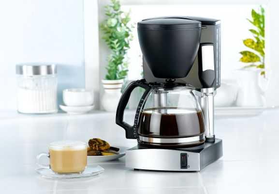 Чаще всего капельная кофеварка для дома выглядит так