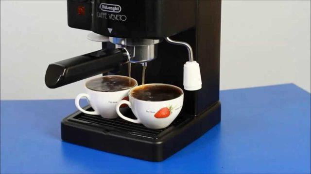 Эспрессо кофемашины способны готовить сразу две чашки кофе