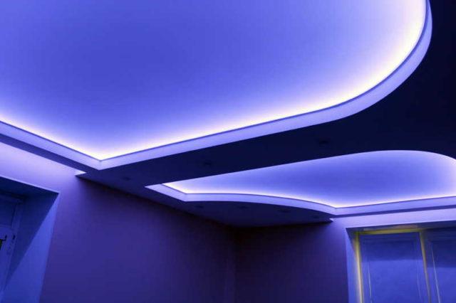 Для декоративной подсветки большая мощность не нужна