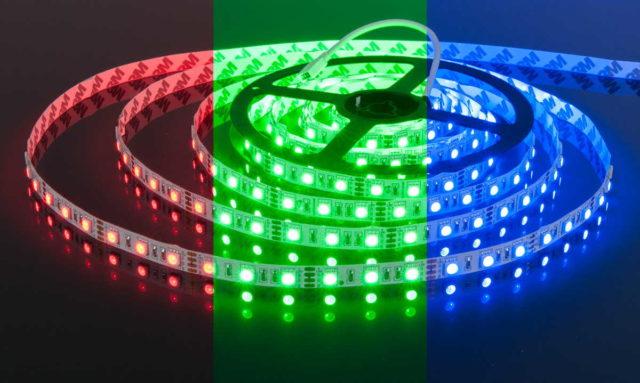 Многоцветная лента из светодиодов, может выдавать практически любой цвет
