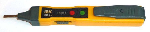Одна из самых распространенных электронных индикаторных отверток - IEK ОП 2Э