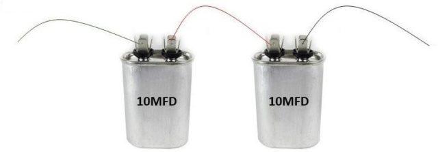 Как последовательно соединять конденсаторы