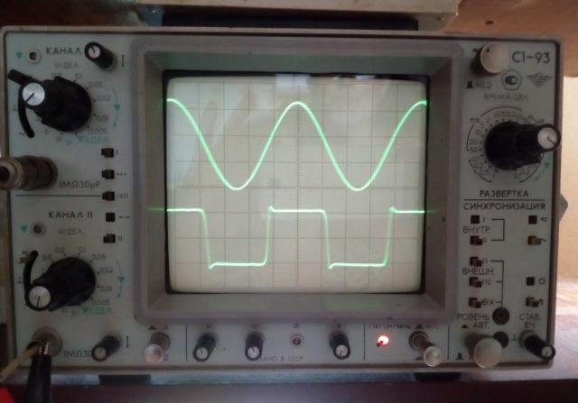 Что показывает осциллограф: форму напряжения в любой токе схемы